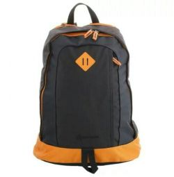 New durable roomy backpack of 30 liters.