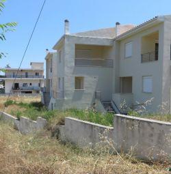 Α 2floor maisonette (No1) with a basement, of a to