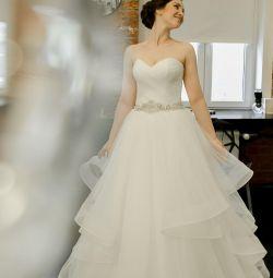 Свадебное платье Ариамо Брайдал