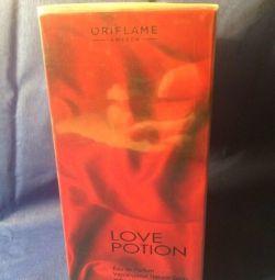 Love Calm perfume Oriflame