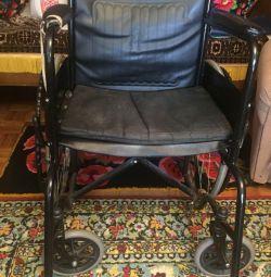 Крісло інвалідне. бу. на ходу.
