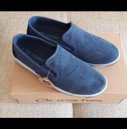 Slip-on pantofi pentru bărbați