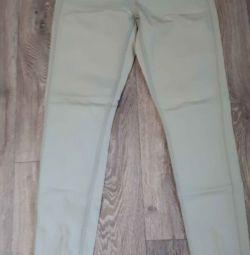 Стильные джинсы на девушку.