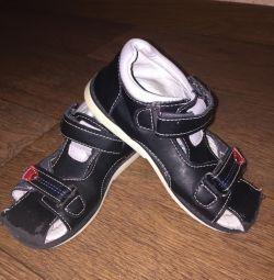 Erkek için yazlık ayakkabılar