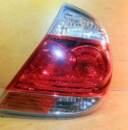 Ліхтар задній toyota camry 04-06 4 лампочки