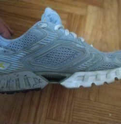Αθλητικά παπούτσια, 37 μεγέθη