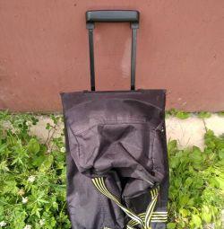 Tekerlekli çanta