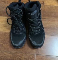 OUTVENTURE waterproof sneakers