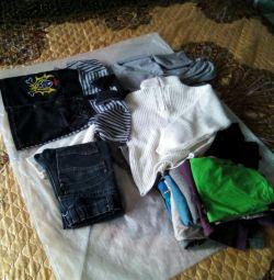 Un pachet de lucruri pentru un băiat, înălțimea 130-140