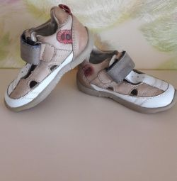 Summer leather shoes