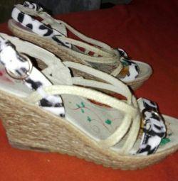 Women's sandals.