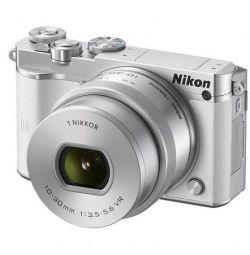 Новая камера со сменной оптикой Nikon 1 J5 Kit