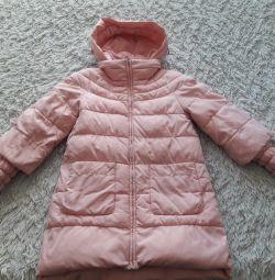 Voi vinde o haină de iarnă.