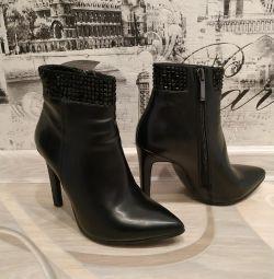 Μπότες p, 35