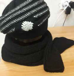 Beret with a scarf