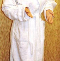 Білий махровий халат