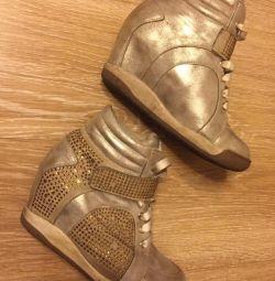 Spor ayakkabısı 40
