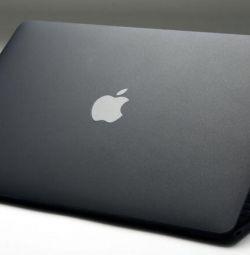 MacBook Air MREA2