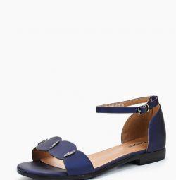 Sandale noi, mărime 39 Zenden