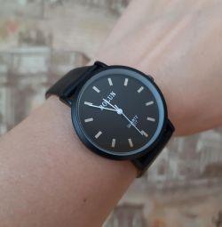 Ρολόι χειρός. Νέο!