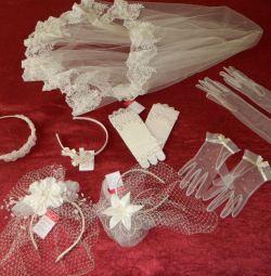 Свадебные аксессуары (фата, вуалетки, перчатки)