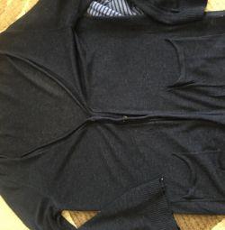 Πλεκτά πουλόβερ και ζακέτες