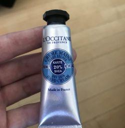 Κρέμα χεριών L'occitane