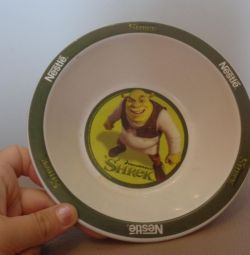 Children's plate with shrek
