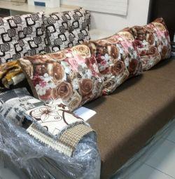 Michelle's sofa 04