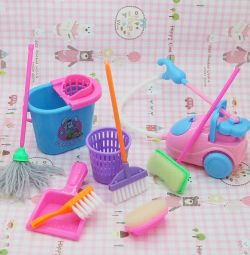 Dollhouse cleaning kit 9 items