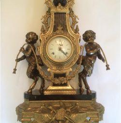 Şömine saati imparatorluk. Bronz. Yeşil mermer