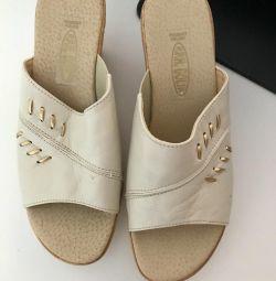 Szabo flip flops