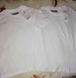 Новые две футболки белые на 5 и 6 лет