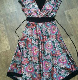 Dress with satin