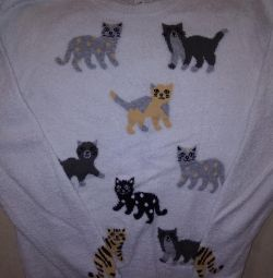 Sweater for the girl.