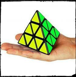 Rubik's Cube Triangle - Pyramid