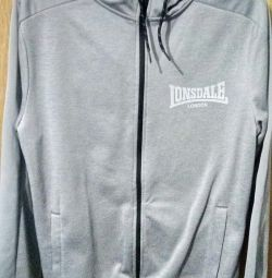 Lonsdale London cardigan worn 2 times medium size.