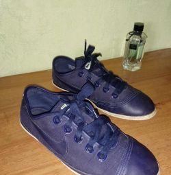 Sneaker Ayakkabıları