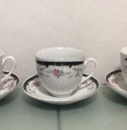Чашки для чаю з блюдцями. Обмін.