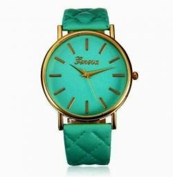 Часы наручные зеленые женские новые