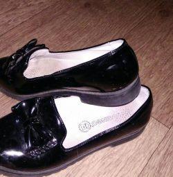 Pantofi de piele de dimensiune școlară 35 piele de lac
