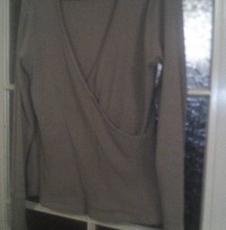 Women's sweaters and tank top