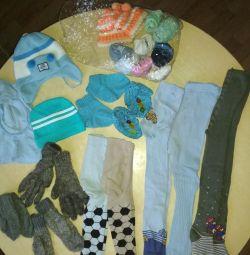 Детские колготки, носки, шапки, варежки, перчатки