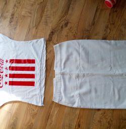 Φούστα και T-shirt