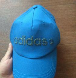 Το νέο καπάκι της Adidas