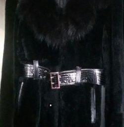 Το παλτό του Muton