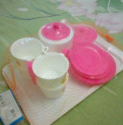 Набор детской посуды.