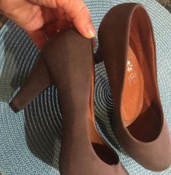 Pantofi. Spania