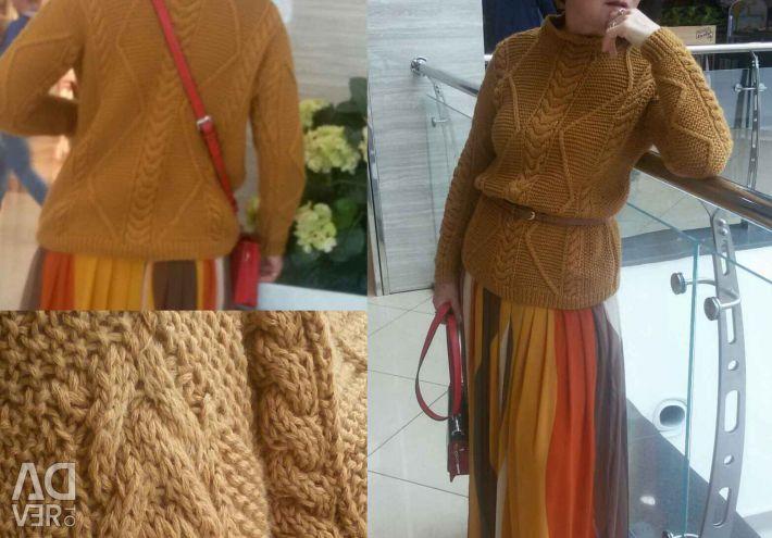 Προσαρμοσμένο πλεκτό πουλόβερ