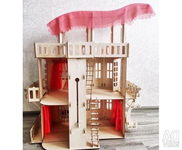 Casa Minunilor pentru Barbie, Monster High și Păpușile Winx
